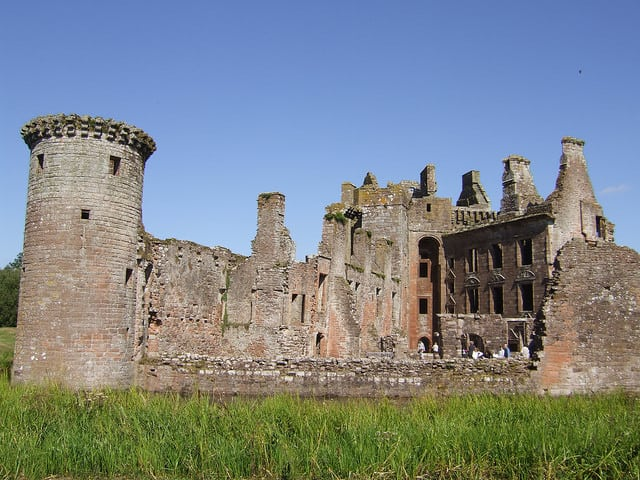 Caerlaverock Castle. Pic credit: Willaim Manoch on Flickr Creative Commons