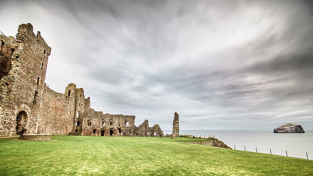 Tantallon Castle. Pic credit: Giuseppe Mitu on Flickr Creative Commons