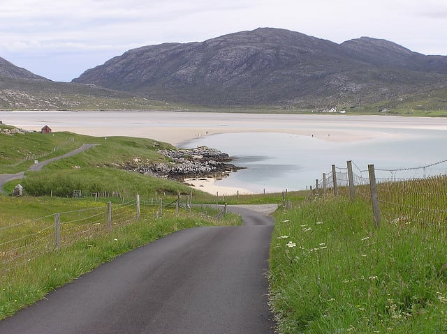 Road to Luskentyre. Pic credit: Tom Jervis on Flickr Creative Commons