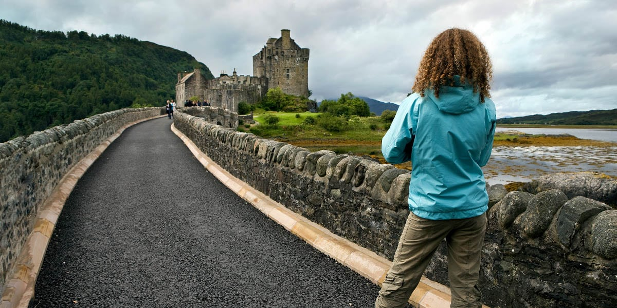 Luxury driving tours of Scotland are ideal for groups of up to sixteen people. We offer guided tours of Scotland (day tours and multi-day tours are available) with a range of luxury chauffeur tours of Scotland - or create your own bespoke tour.
